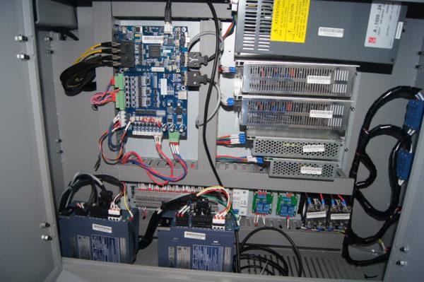 Управляющая электроника
